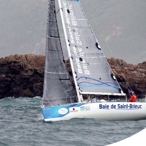 Les Champs, partenaire du skipper professionnel Vincent Biarnes