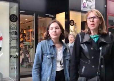 Shopping entre mère et fille